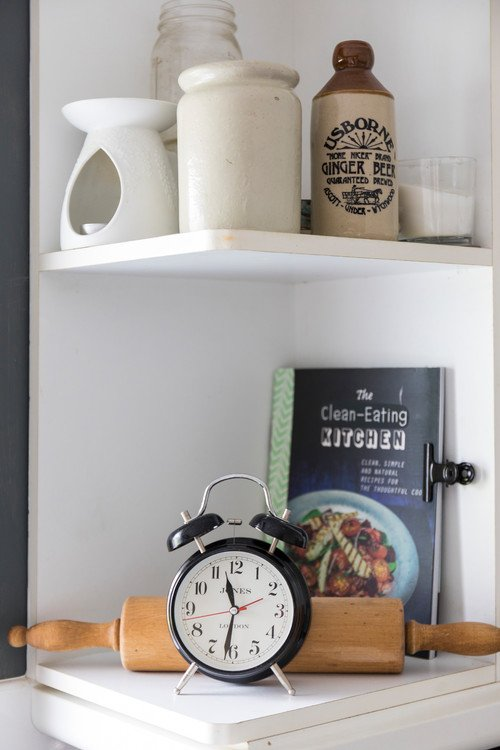 Vintage Kitchen Shelf Vignettes