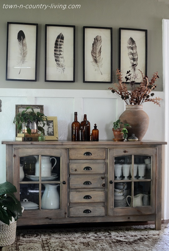 Country Style Dining Room Buffet