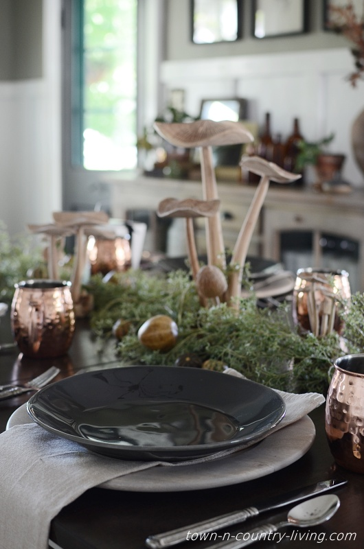 Dark Gray Plates on Wood Chargers for Fall Table Setting