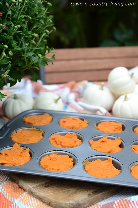 Freezing Pumpkin Puree in Muffin Pan
