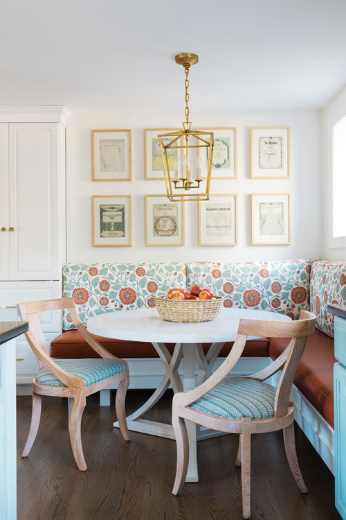 Small Space Dining with Banquette