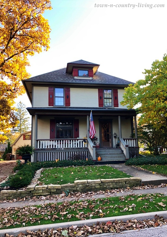 Charming Older Homes in Huntley, Illinois