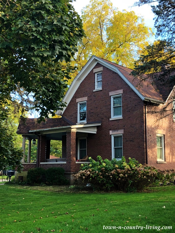 Older Brick Home in Huntley