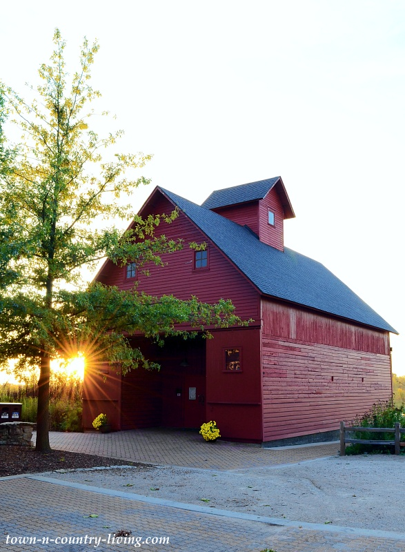 Red Barn at Peck Farm in Geneva, Illinois