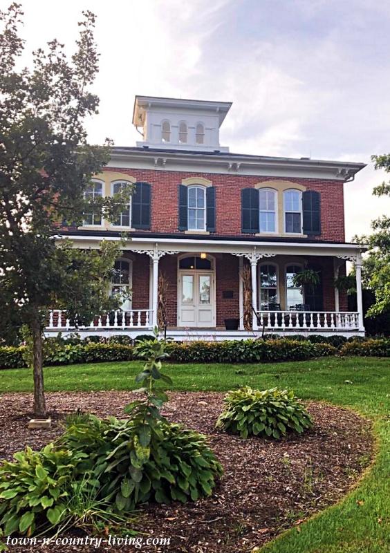 Historic Brick Home - Peck Farm in Geneva, Illinois