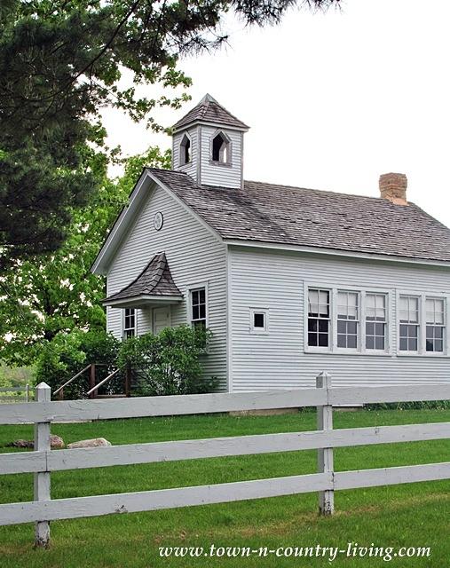 Pioneer Sholes School in St. Charles, Illinois