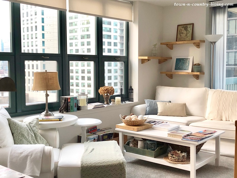 Shabby Chic Style Flat in Chicago