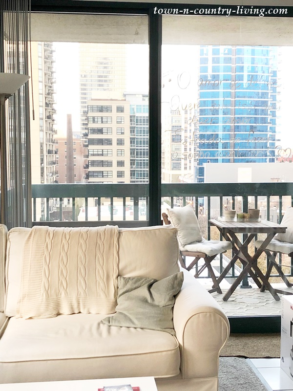One Bedroom Apartment in River North Chicago