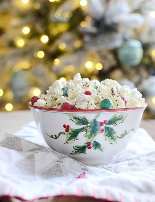 Christmas Popcorn - Favorite Holiday Treat