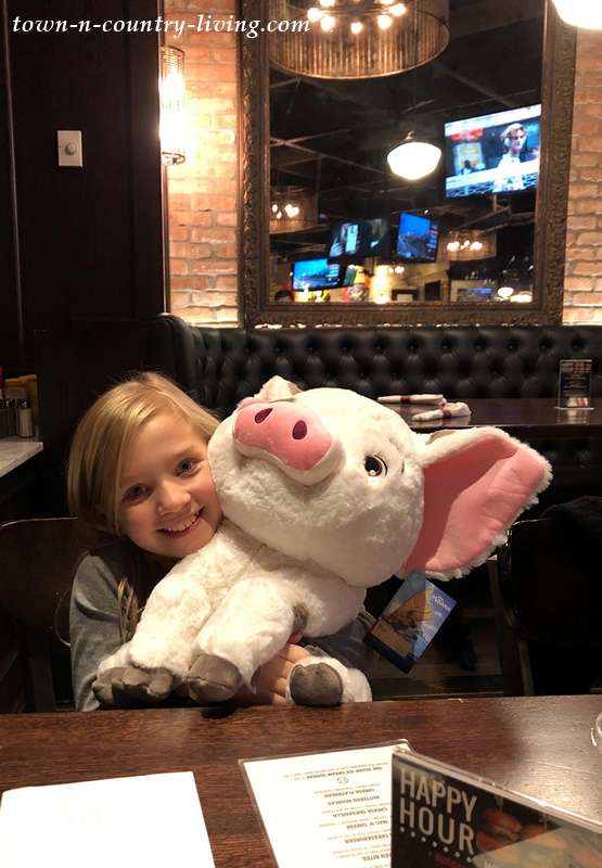 Dining with Pua from Moana at Harry Caray's in Chicago Water Tower Place