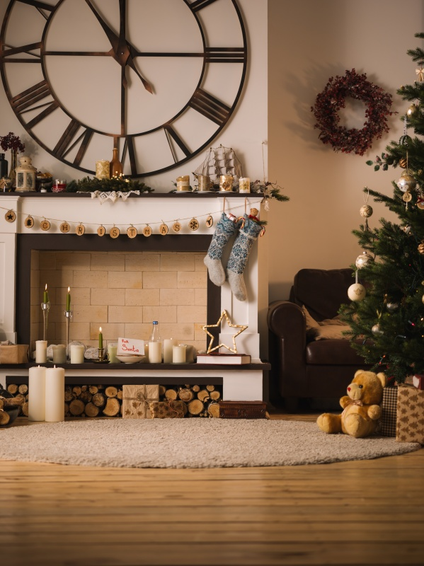 Neutral Christmas Fireplace