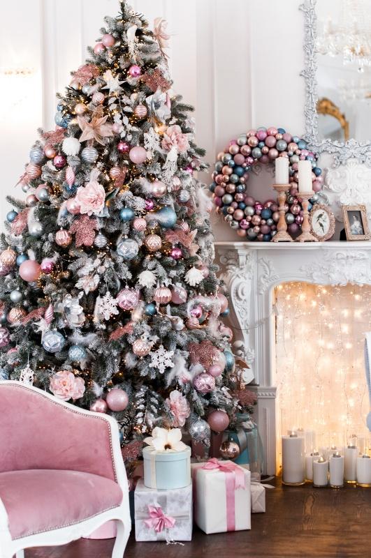 Shabby Chic Christmas Decorating