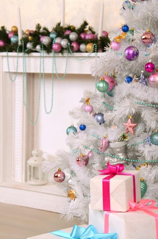 Vintage Pastel Christmas Mantel