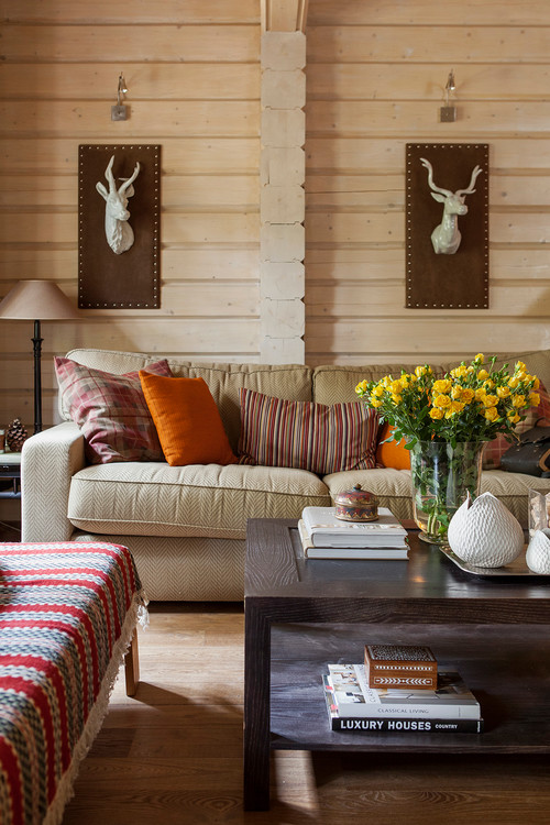 Warm and Rustic Living Room in Moscow Chalet