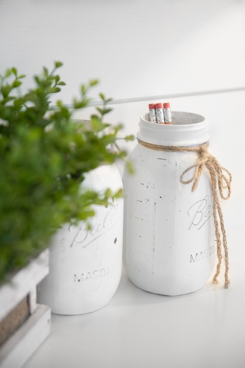 White Painted Mason Jars for Holding Pens and Pencils