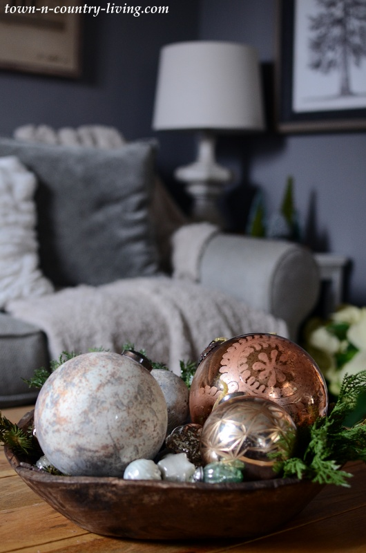 Christmas Country Home Tour - The Family Room