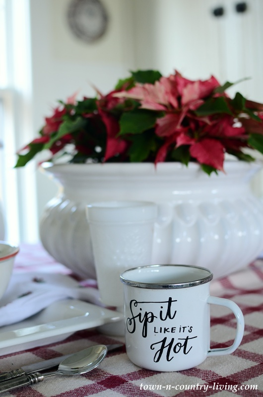 Christmas Table Setting in a Farmhouse Kitchen Nook