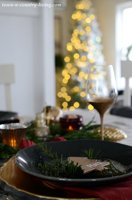 Dining Room with Christmas Table Setting