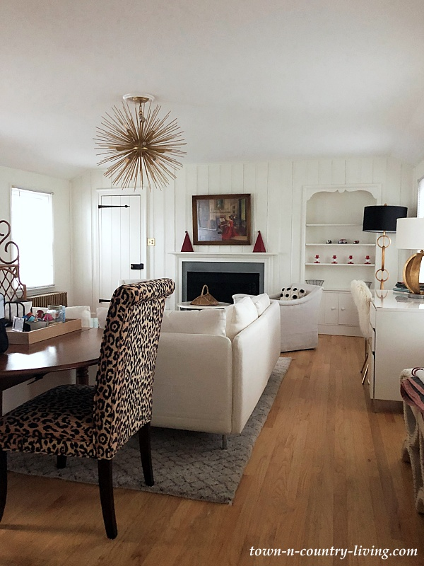 Eclectic Apartment in Winnetka