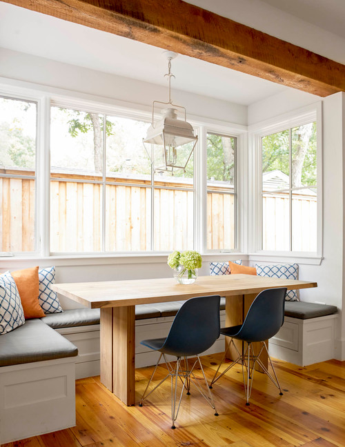 Farmhouse Style Breakfast Nook for Modern Country Living