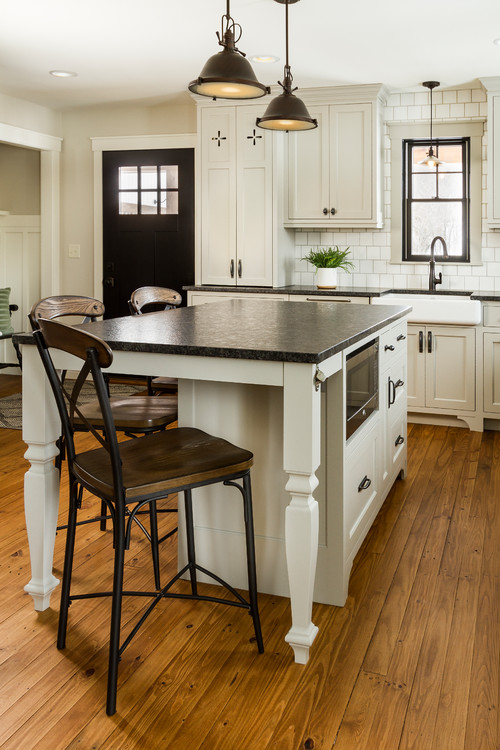 Farmhouse Kitchen with Custom Cabinetry