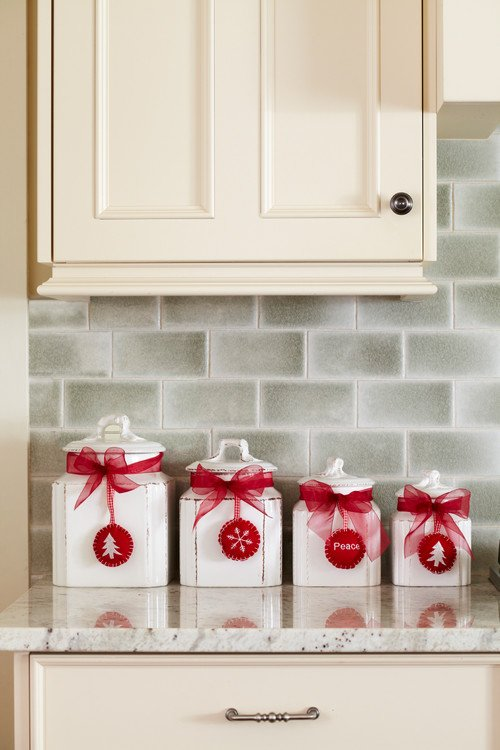 Red and White Christmas Kitchen