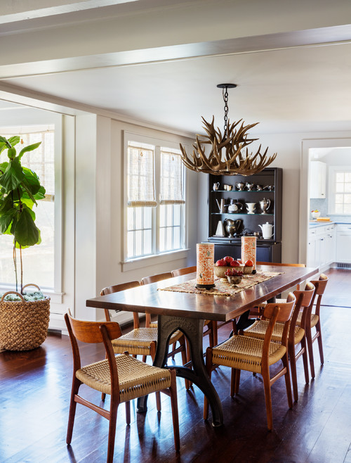 Antler Chandelier in Eclectic Farmhouse Dining Room