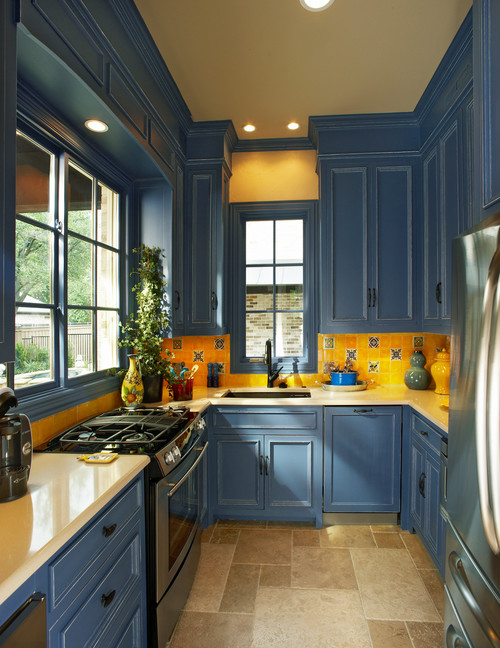 Country Kitchen in Blue and Yellow