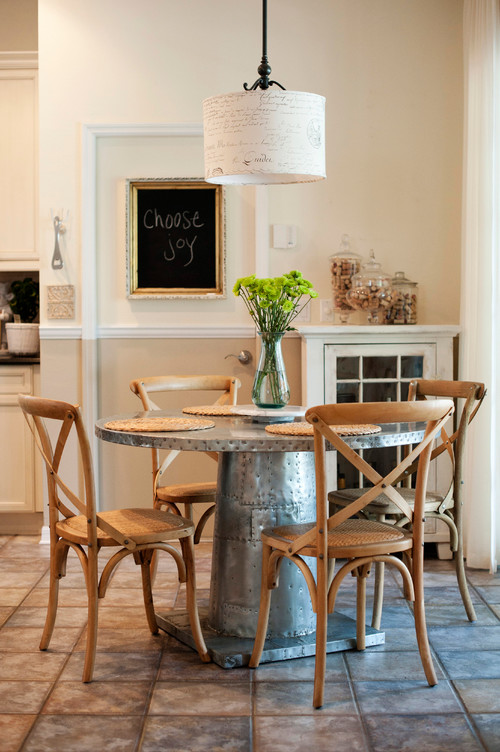 Farmhouse Style Dining Room