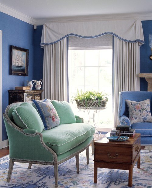 English Country Style Living Room in Blue Tones
