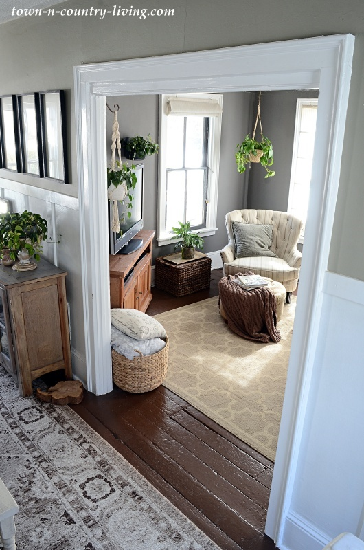 Country Style Family Room
