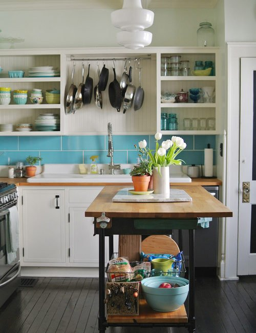 Fun and Colorful Vintage Kitchen