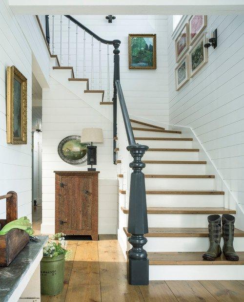 Two-Tone Farmhouse Staircase