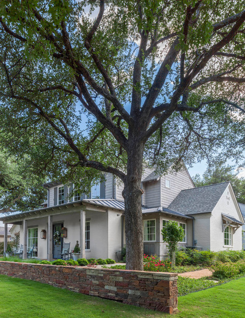 Traditional Home with Front Porch in Dallas, Texas