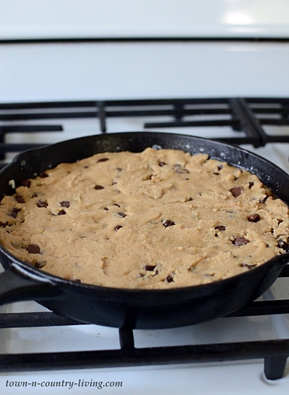 How to Make a Chocolate Chip Skillet Cookie