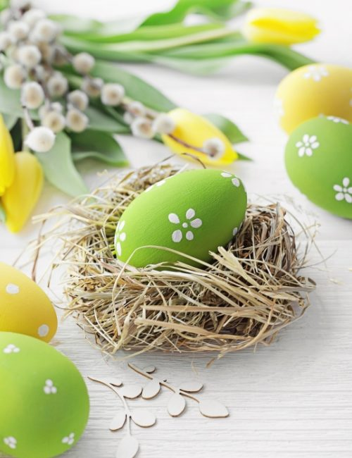 Decorating Easter Eggs - 9 Easy Ideas