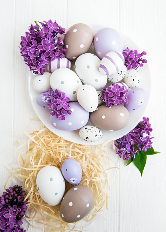 Purple and Lavender Egg Decorating Ideas