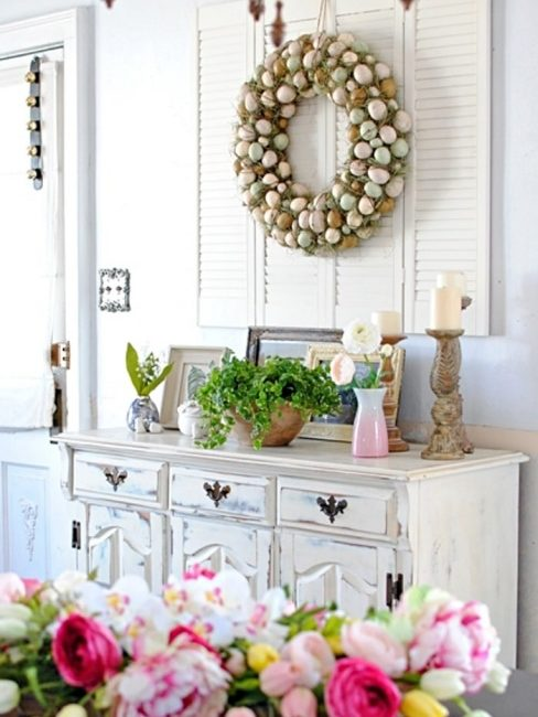 Town and Country Living Spring Dining Room