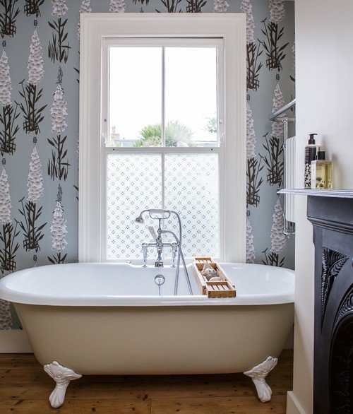 Foxglove Wallpaper in Vintage Bathroom with Fireplace