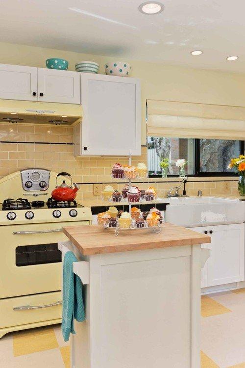 Vintage 50s Style Kitchen