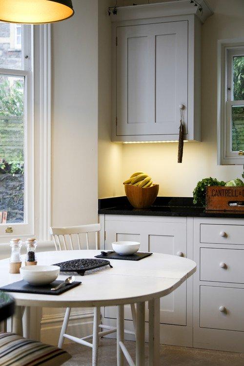 Cozy Kitchen Dining Nook