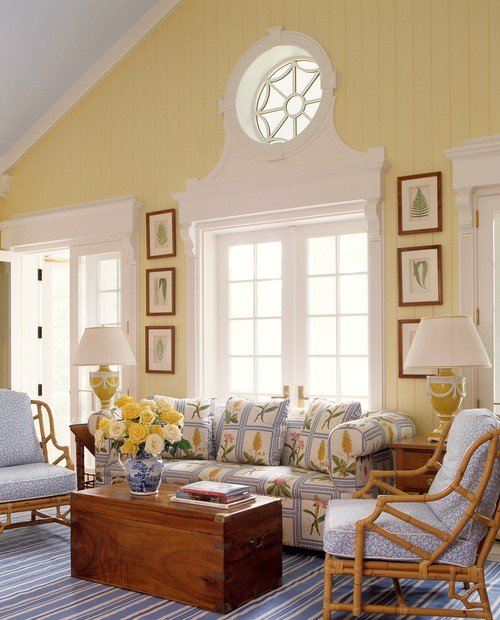 Tropical Style Living Room in Soft Yellow and Blue