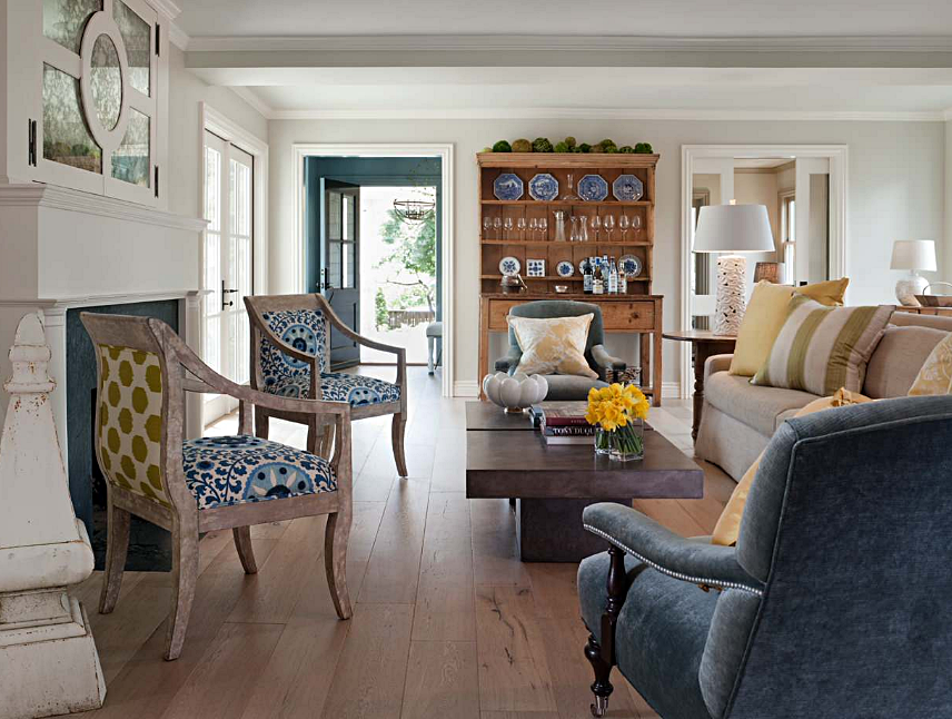 Cottage Style Living Room with Patterned Furniture and Pillows