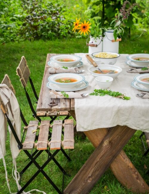 Dining Alfresco with Simple Table Setting