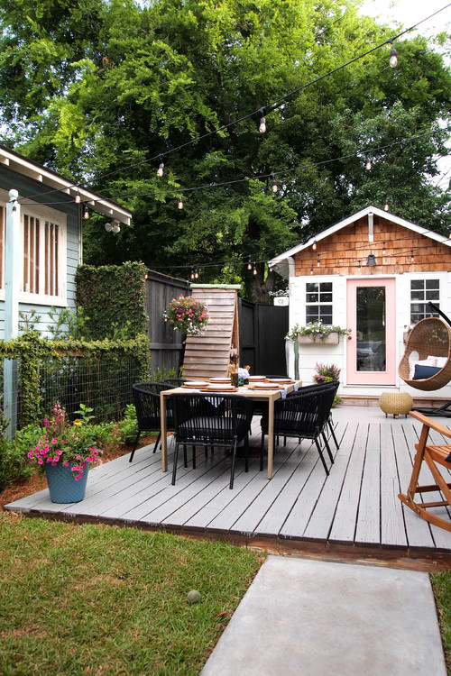 Adorable Garden Shed and Courtyard Deck