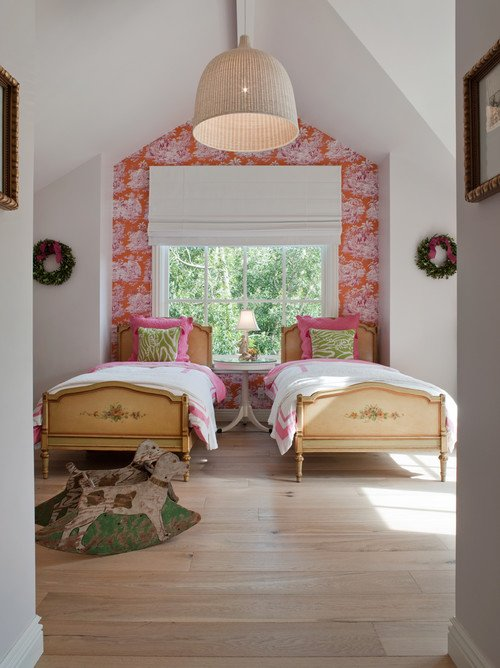 Twin Vintage Beds in Girls Pink and White Bedroom