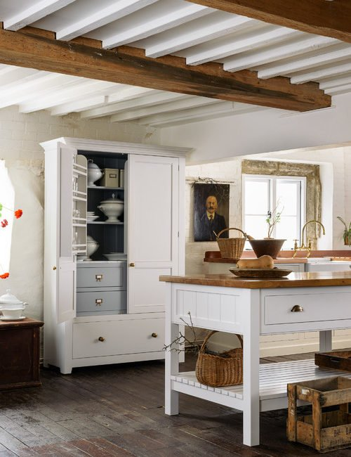 Old World Kitchen by deVOL Kitchens of the U.K.