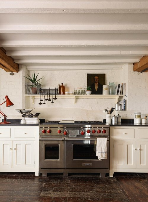 Professional Style Stove in Farmhouse Kitchen