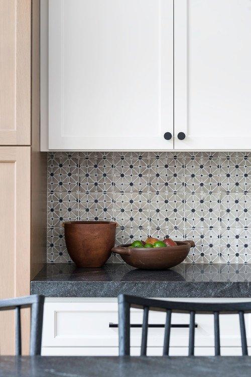 Small geometric patterned tile kitchen backsplash