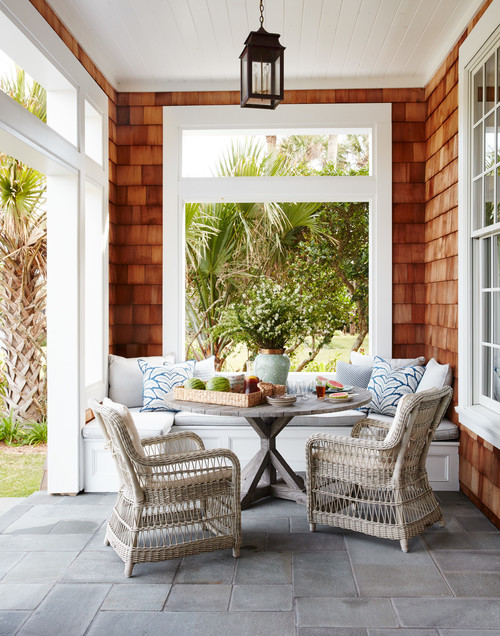 Outdoor Porch with Dining Space